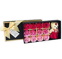Подарочный набор с розами из мыла Sweet Love 12 шт Розовые с мишкой