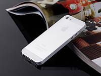 Пластиковый чехол для iPhone 5/5s белый