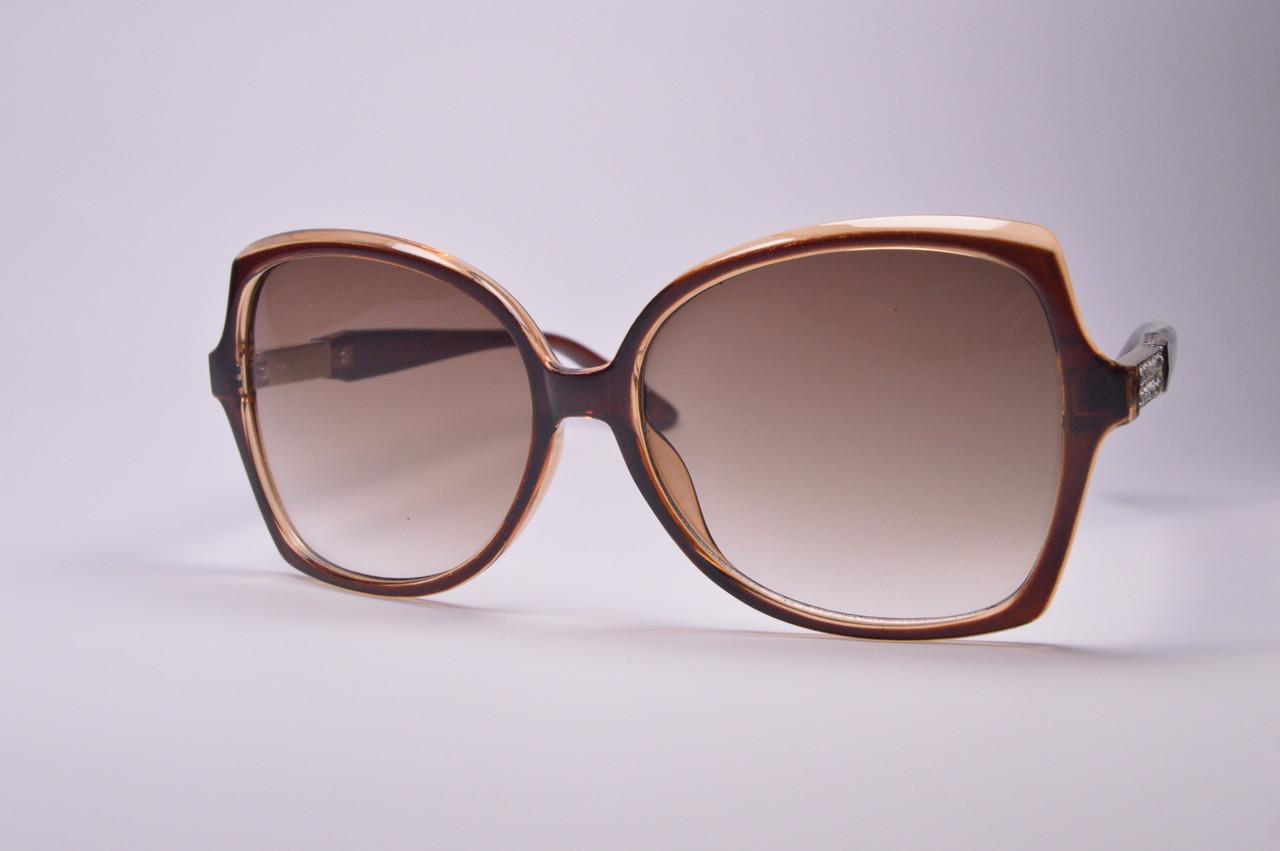 Женские солнцезащитные очки СТ2082 С19