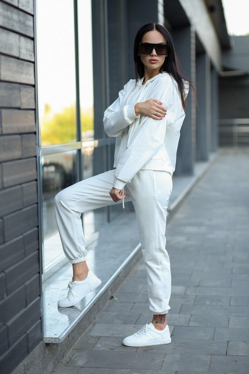 Жіночий білий спортивний костюм з капюшоном Оверсайз