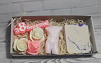 Подарочный набор сувенирного мыла 8 березня, розочки, натуральное мыло, свеча Апполон