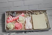 Подарочный набор сувенирного мыла 8 березня, розочки, натуральное мыло, свеча Афродита