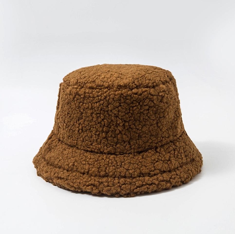 Женская меховая зимняя шапка панама теплая плюшевая пушистая (Тедди, барашек, каракуль) Коричневая