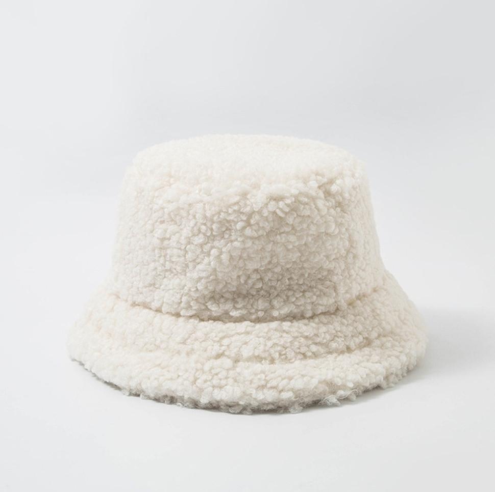 Женская меховая зимняя шапка панама теплая плюшевая пушистая (Тедди, барашек, каракуль) Белая 2