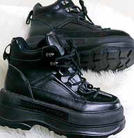 Женские демисезонные ботинки на танкетке, фото 1
