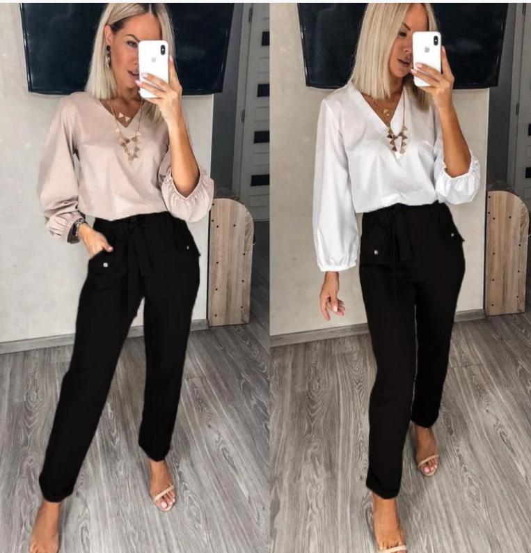 Женский комплект одежды с брюками классическими и блузкой в цветах