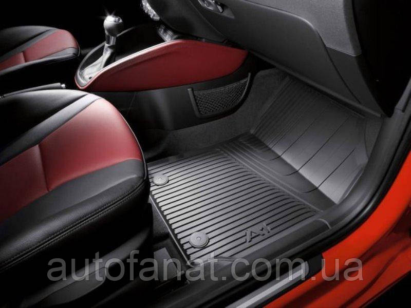 Оригинальные передние коврики салона Audi A1 (8X1061501A041)
