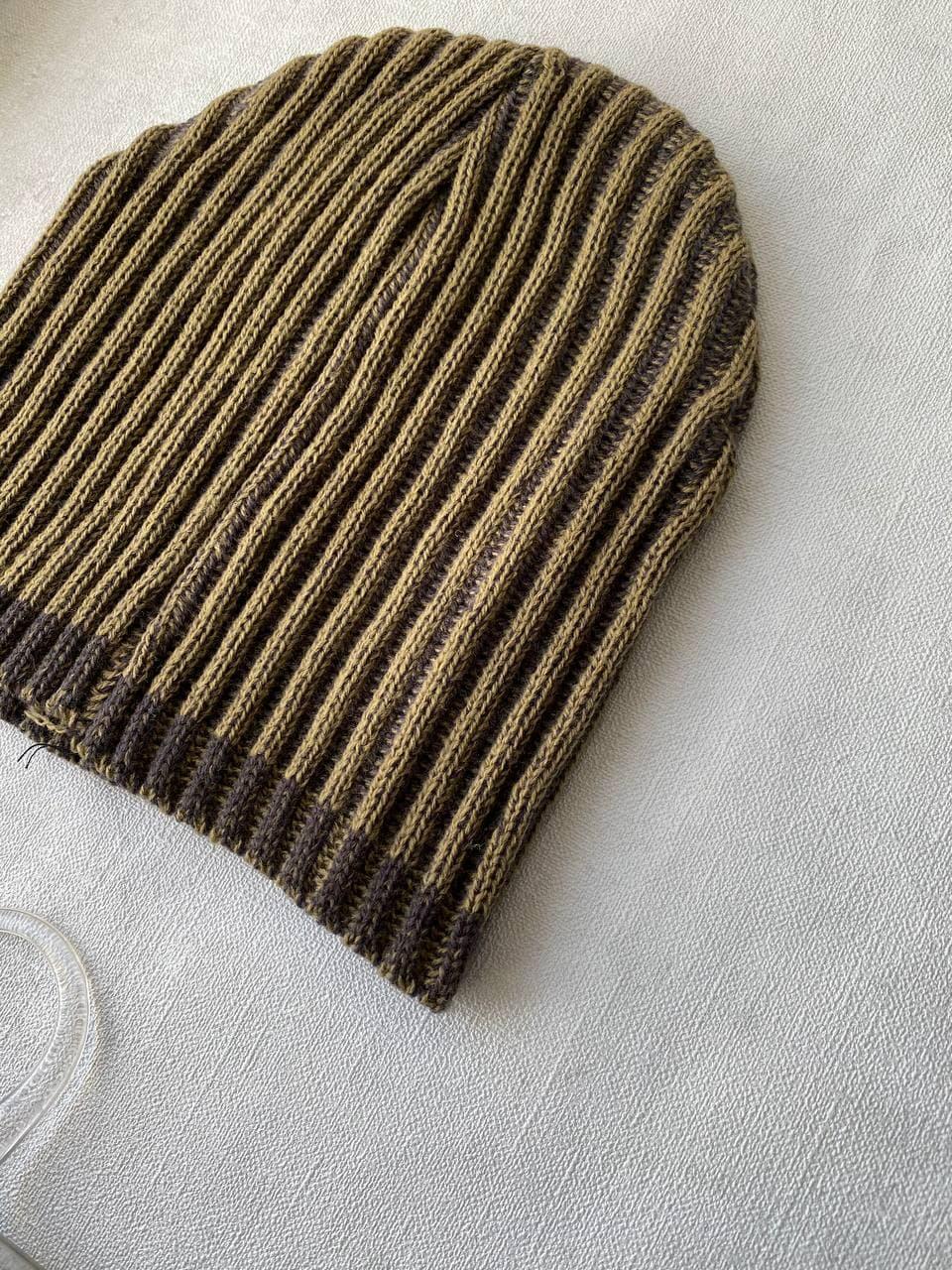 Тепла в'язана шапка для дівчинки, 1-3 року