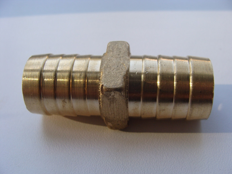 Двійник для шланг 18-18мм (під хомут) метал