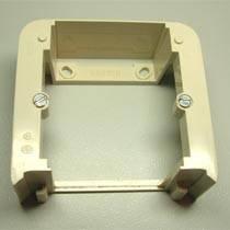 Адаптер внешней установки 1-кратный дополнительный слоновая кость REGINA