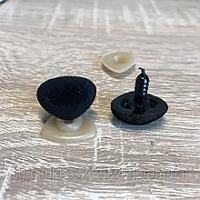 Нос для мягкой игрушки бархатный треугольный 18*14 мм черный