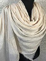 Женский однотонный молочный шарф большого размера