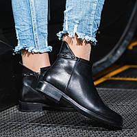 Ботинки женские натуральная кожа черные на байке на низком ходу высота каблука 3 см