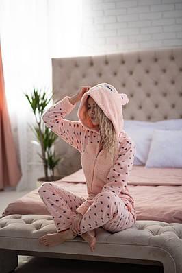 Пижама комбинезон с карманом (вырезом) на попе теплая розовая с сердечками