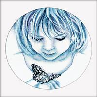 Девочка и бабочка Набор для вышивки крестом RTO M176