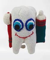 """Вязаный шуточный подарок стоматологу""""Зуб мудрости""""15см"""