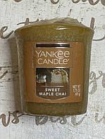 """Свеча ароматическая """"Кленовый сироп"""" Yankee Candle"""