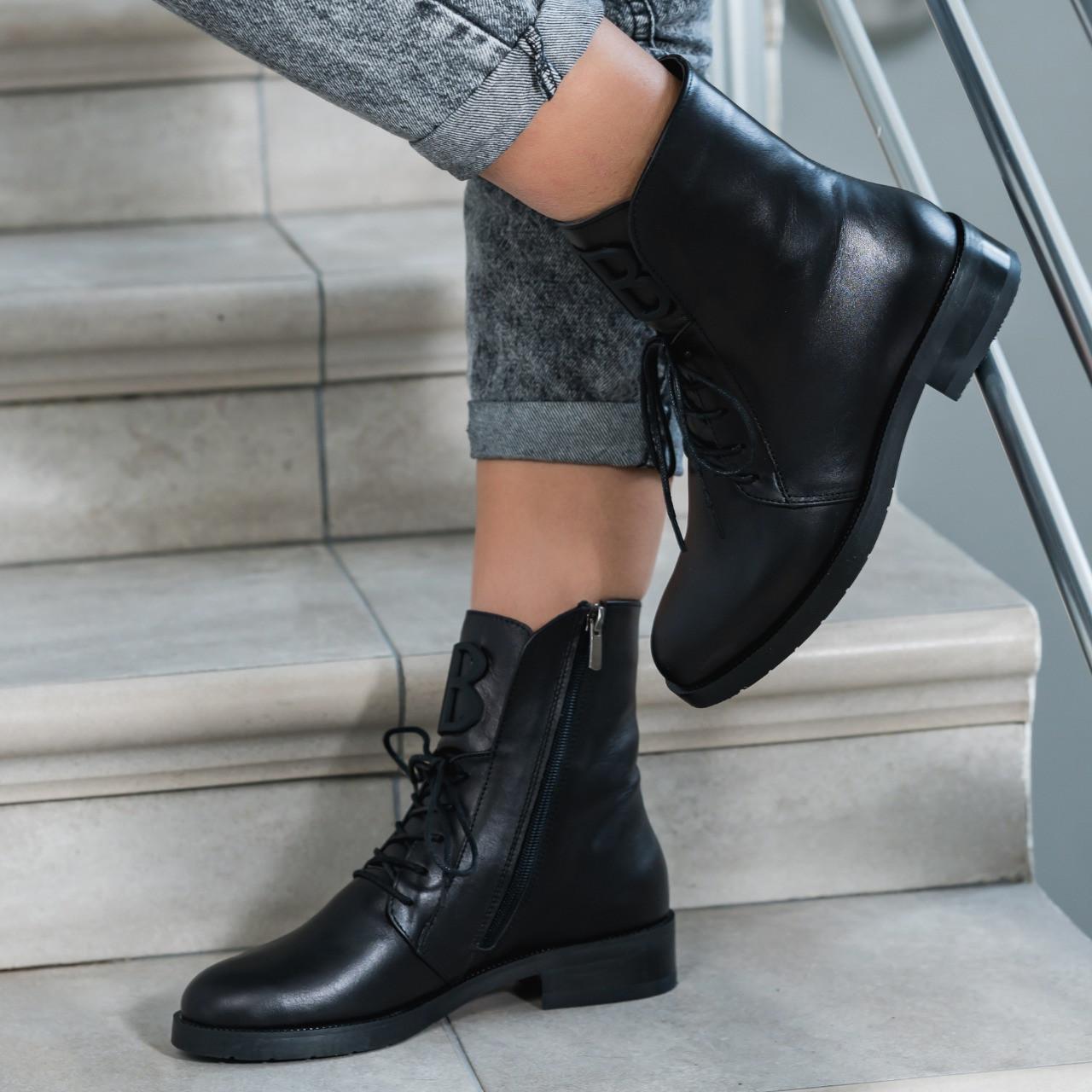 Ботинки женские черные натуральная итальянская кожа на байке высокие на шнурках весение