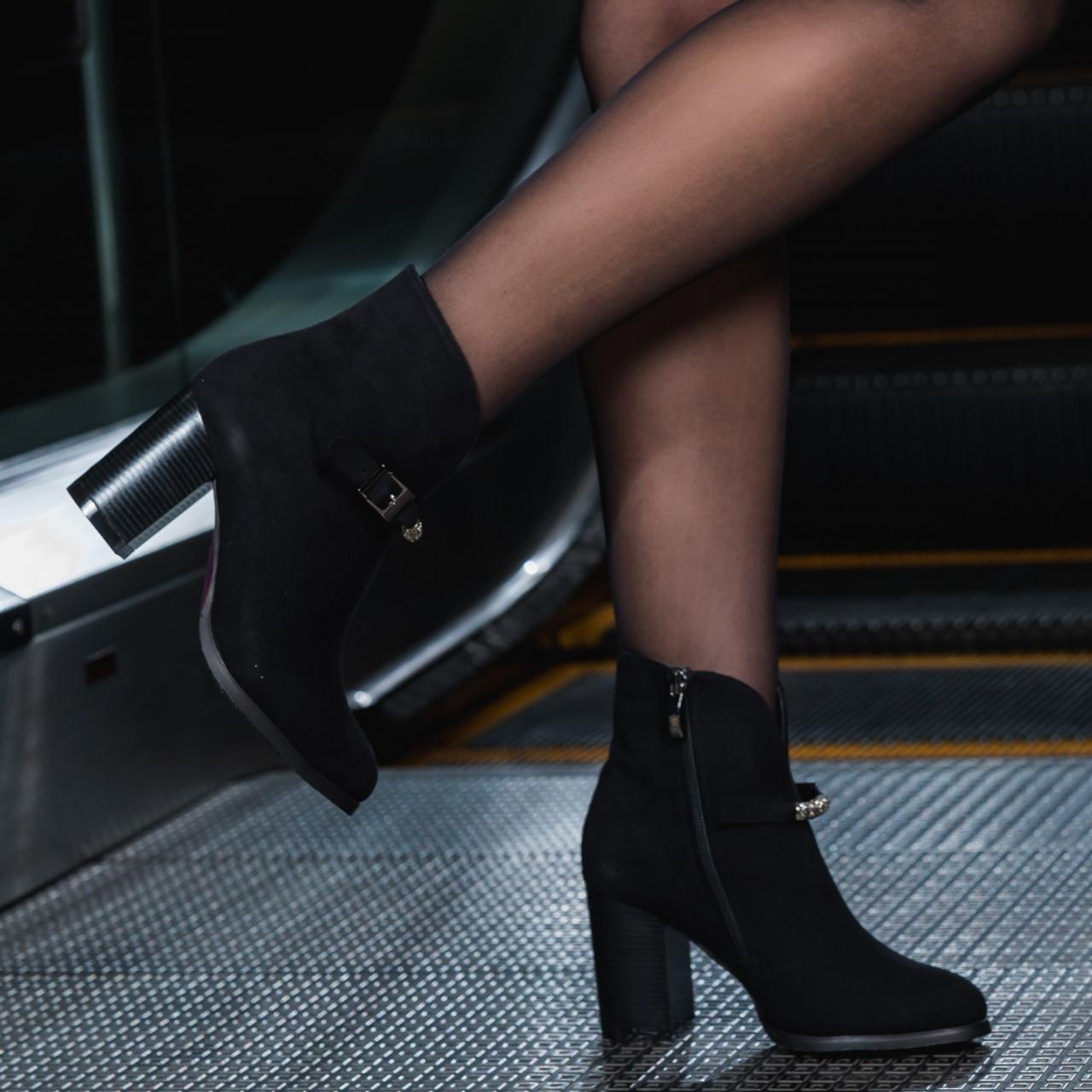 Женские замша ботинки черные на каблуке 8 см байка весение Италия