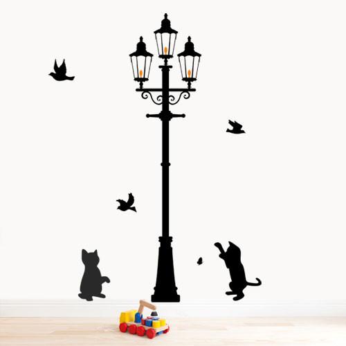 Интерьерная виниловая наклейка Котята у фонаря (самоклеющиеся наклейки животные)