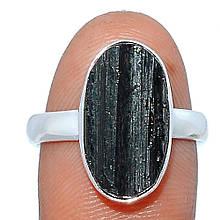 Серебряное кольцо с шерлом черным турмалином, 1633КШ