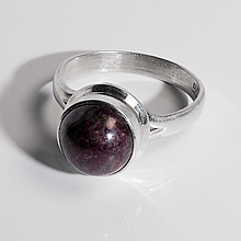 Серебряное кольцо с турмалином рубеллит, Ø10 мм., 1626СРТ