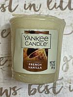 """Ароматическая свеча Yankee Candle """"Ванильные вафельки"""""""