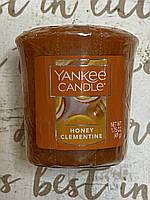 """Ароматическая свеча """"Медовый клементин"""" Yankee Candle"""