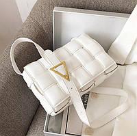 Сумка клатч тренд женский Bottega Veneta The Chain Pouch (Боттега Венета) плетеная