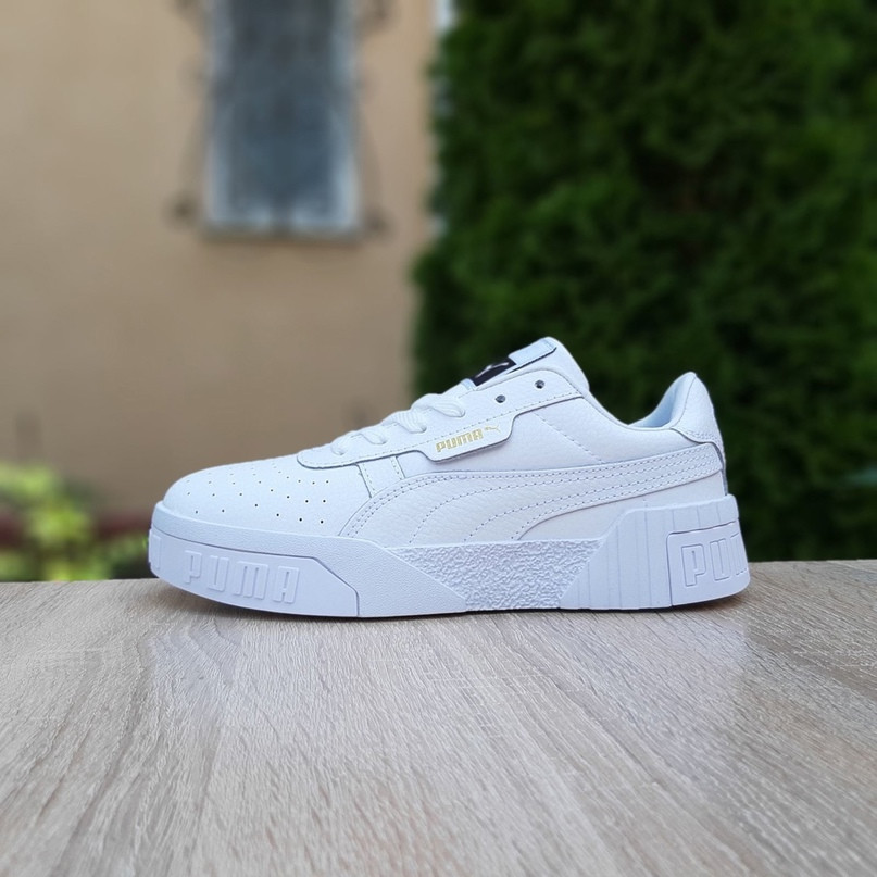 Жіночі кросівки Puma Cali