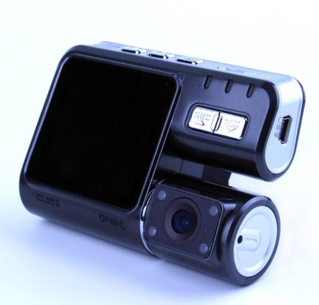 Автомобильный видеорегистратор Р 1000   авторегистратор с двумя камерами черный