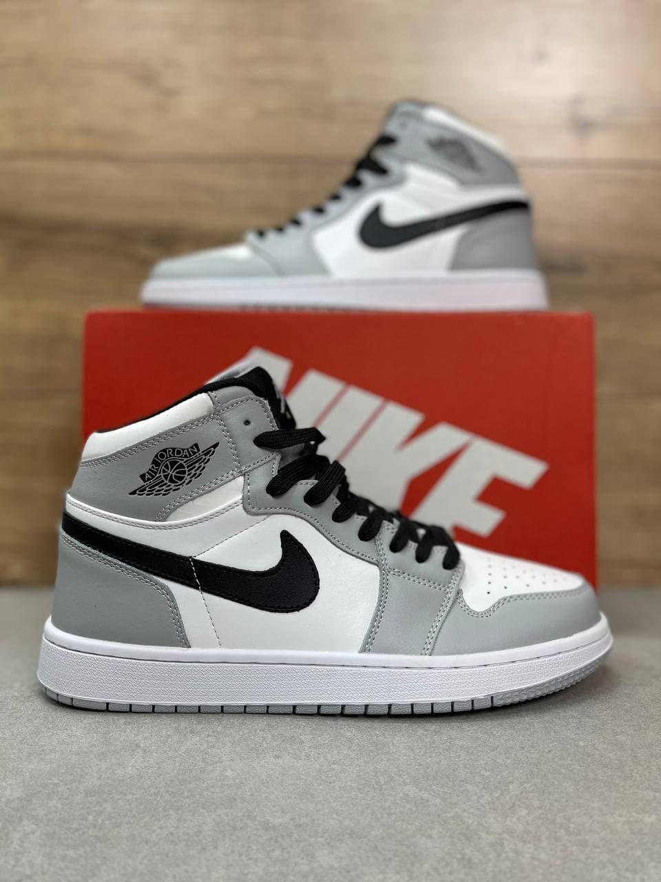 Кроссовки  в стиле  Air Jordan белые с серым | черные 41 | 42 | 43 | 44 | 45 | 46