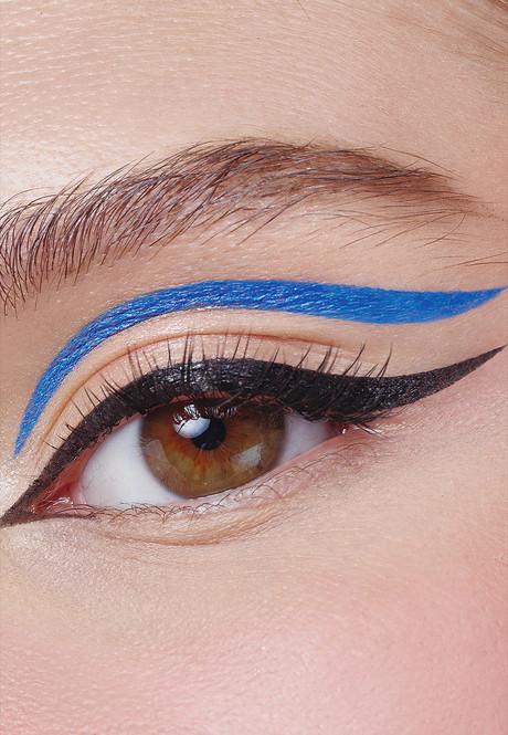 Устойчивая подводка-маркер для глаз Glam Team, тон голубой