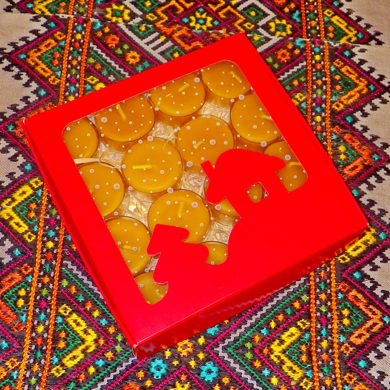 Подарочный набор круглых чайных восковых свечей 15г (16шт.) в коробке Красный Домик