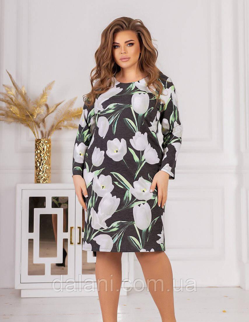 Женское ангоровое серое платье с цветочным принтом батал