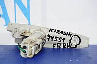 Повторитель R правый SUZUKI Kizashi 09-14