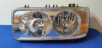 Фары передние оригинальные Hella DAF FX 105