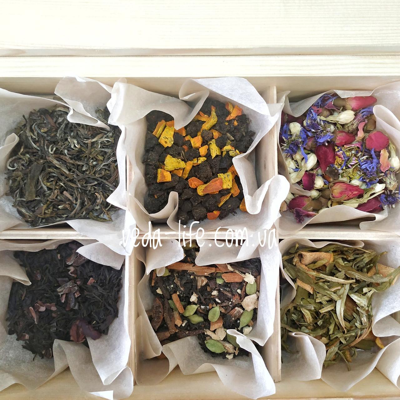 Чайний набір. Чайний сет з унікальних чаїв. Подарочный чайный набор в деревянной шкатулке Tea-Love
