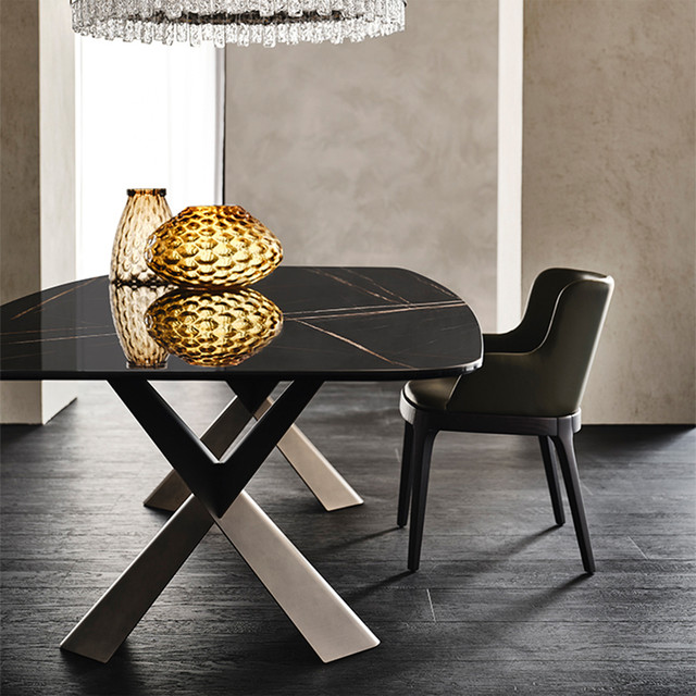 Мармурові столи на кухню
