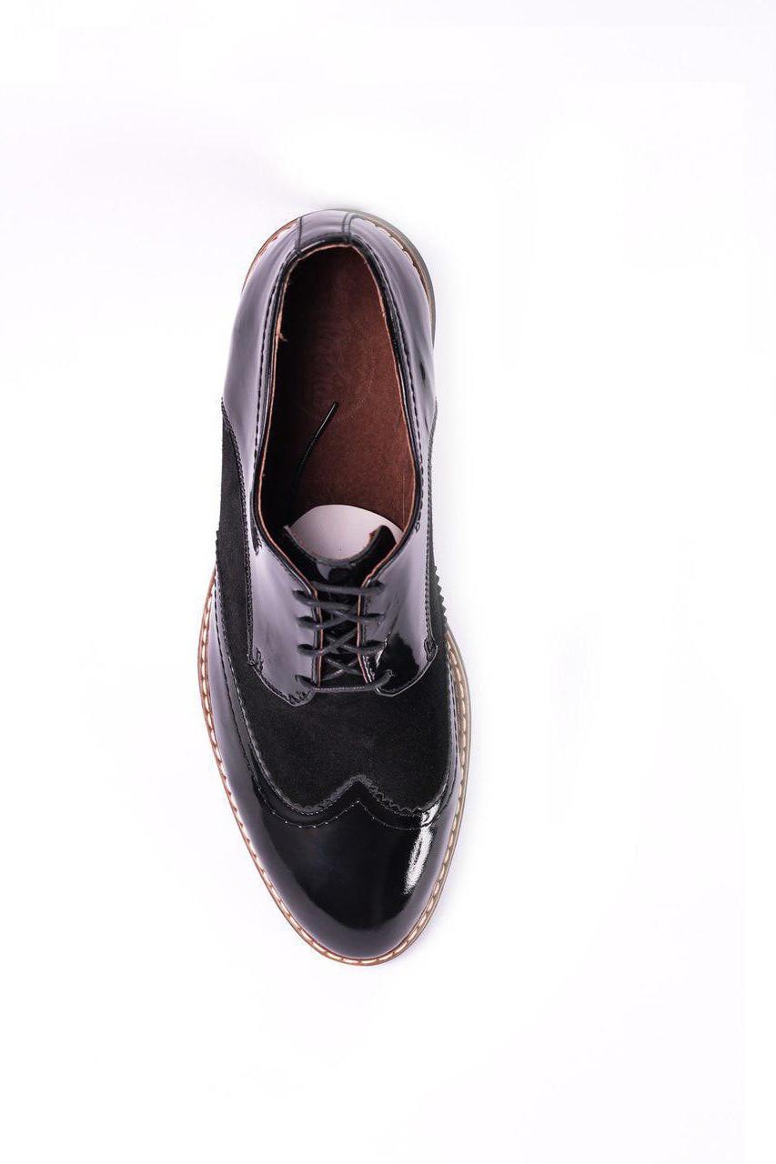 Туфлі броги, лаковані чорні.