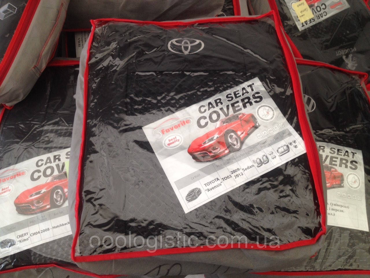 Авточехлы на Toyota Avensis 2009-2012 sedan, Favorite Тойота Авенсис