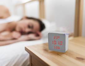 Электронные настольные часы-будильник Led Wood Clock VST-872S-3  - часы с индикатором влажности и температуры, фото 3