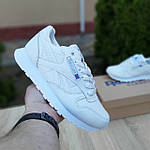 Женские кроссовки Reebok Classic с перфорацией (белые) 20084 повседневные спортивные кроссы, фото 2