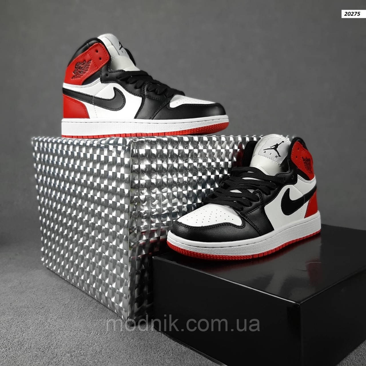 Женские кроссовки Nike Jordan (белые с черным и красным) спортивные демисезонные кроссы 20275
