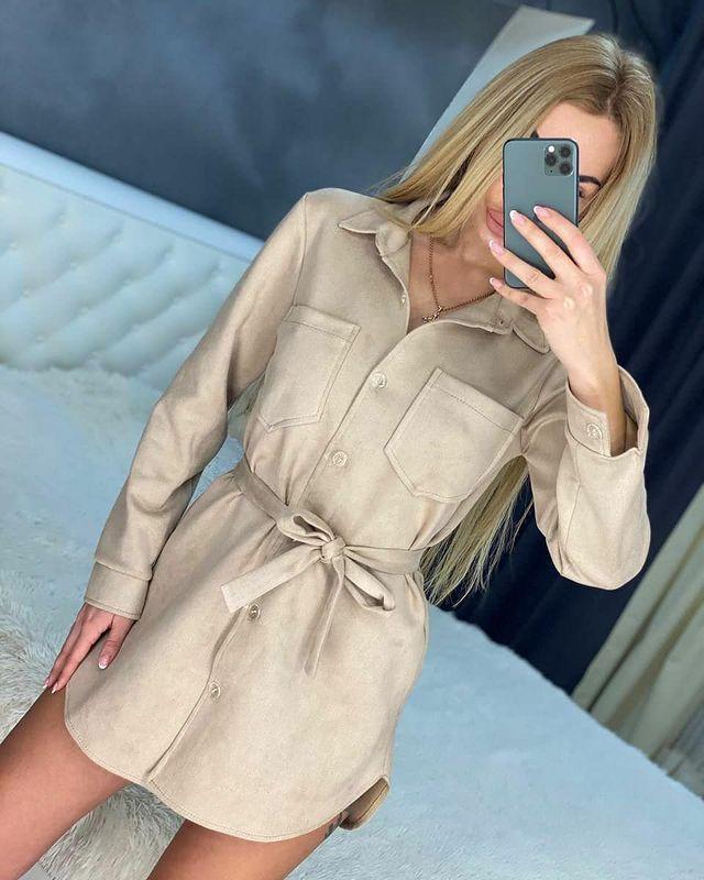 Стильное замшевое платье-рубашка из замша на дайвинге
