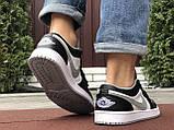 Чоловічі демісезонні кросівки Nike Air Jordan 1 Retro,білі з чорним/сірим, фото 4