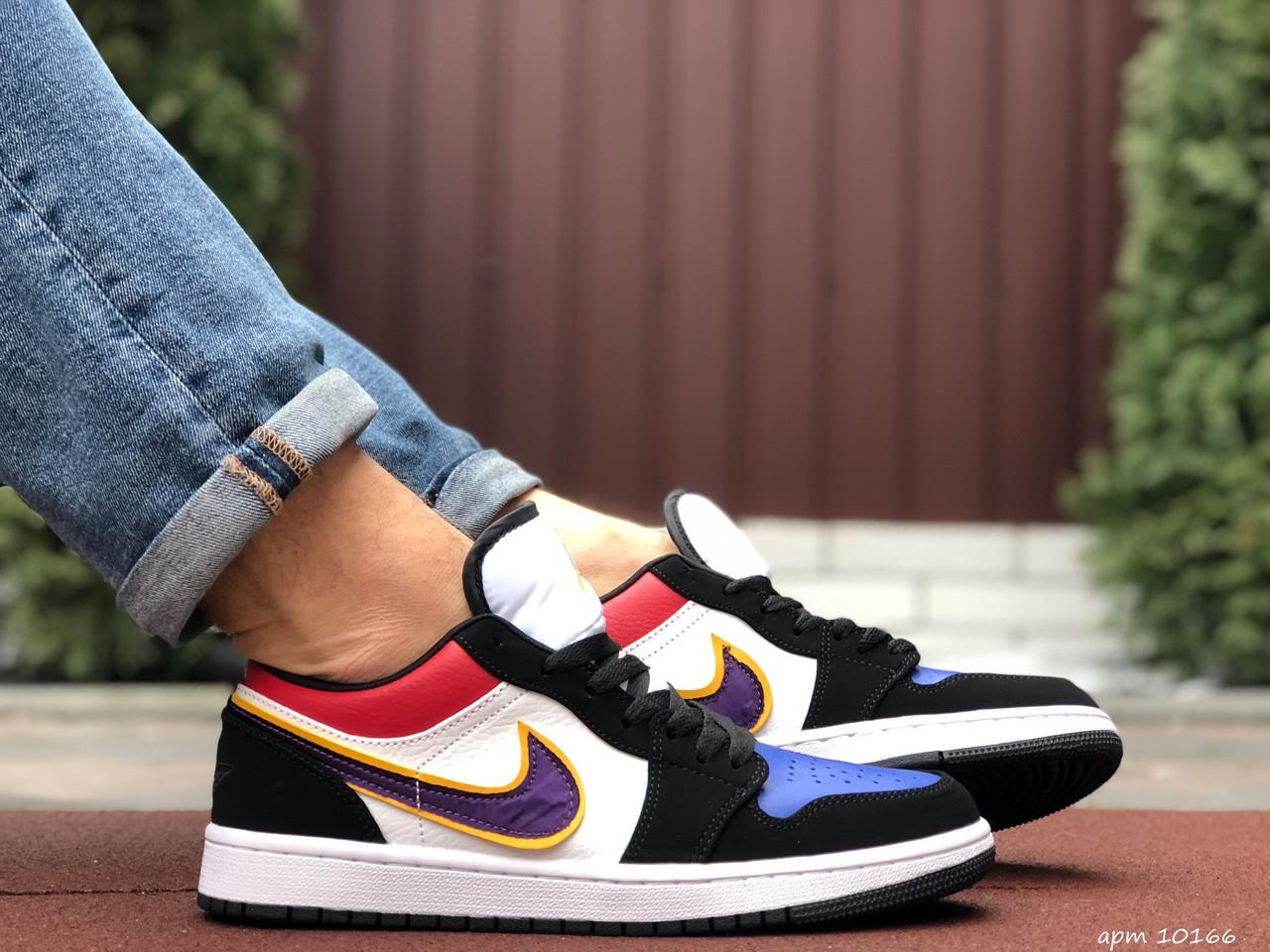 Чоловічі демісезонні кросівки Nike Air Jordan 1 Retro,різнокольорові