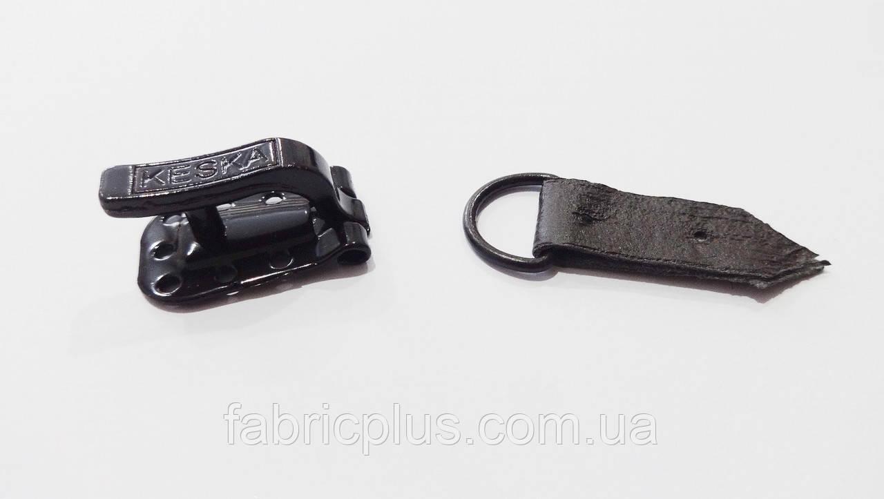 Крючок шубный KESKA темно-коричневый с металлическим кольцом Польша