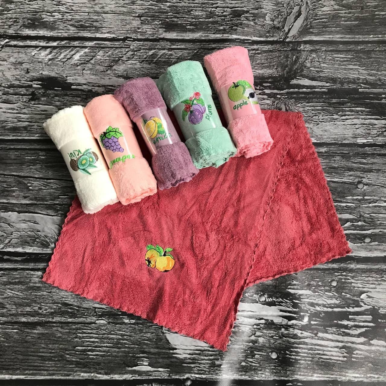 Упаковка кухонних рушників (6 шт), фрукти