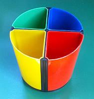 Стакан пластиковый для канцелярских принадлежностей
